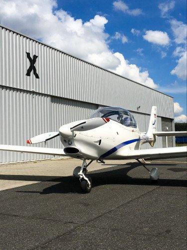 Aquila A210 (AT01)