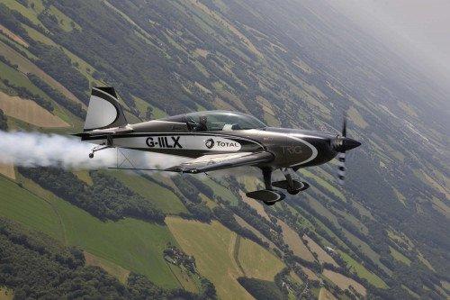 Extra Aircraft 330 LX