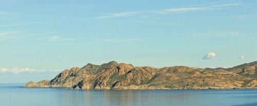Tour de la Corse en avion et déjeuner à Calvi