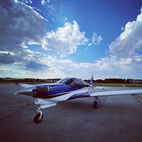 Piper PA28-201 Turbo Arrow IV