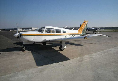 Piper PA28-201 Arrow II