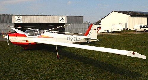 Scheibe SF-25 Falke