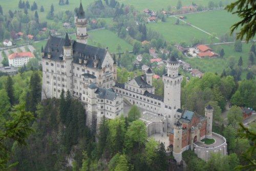 Rundflug Schloss Neuschwanstein mit Graslandung in Durach