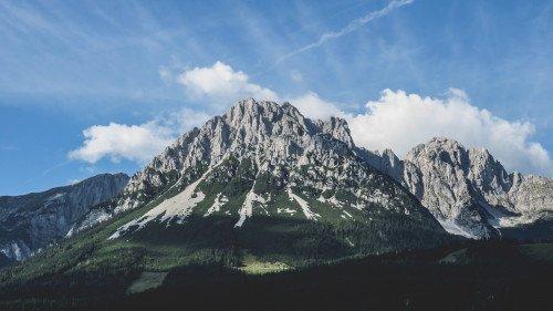 Alpenflug: Chiemsee, Wilder Kaiser, Grossglocknergruppe.