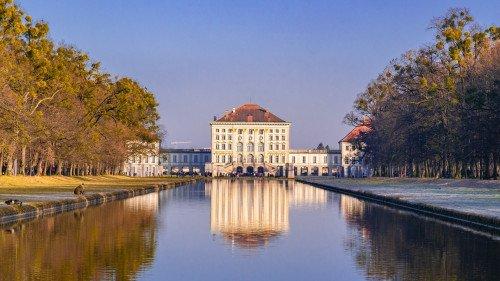 Von Augsburg über die Altstadt München, Olympiapark und Schloss Nymphenburg