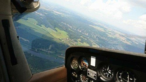 Rundflug über Meißen, Dresden und die Sächsische Schweiz