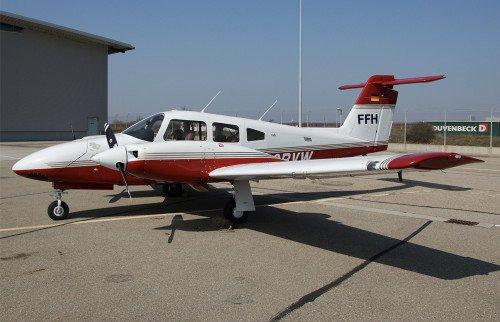 Piper PA44 Semicole